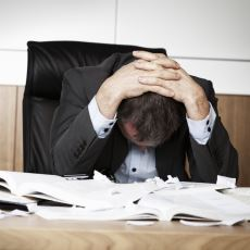 Bazı İnsanlar Neden Sadece Çalışmak İçin Yaşar?