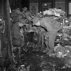 Dört Katlı Muhteşem Bir Daireyi Korkunç Bir Çöp Eve Dönüştürerek Ölen Collyer Kardeşlerin Hikayesi