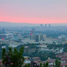 İstediğin Kadar Giyinsen de Karşı Koyamadığın Ankara Soğuğu Gerçeği