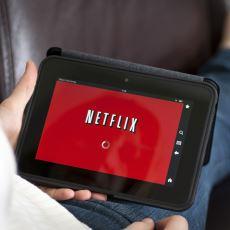 Netflix'in, Zorlu Bilişim Sektöründe Ayakta Kalabilmek Adına Geçirdiği Üç Büyük Evrim