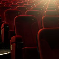 Kaliteli Filmi Kaliteli Salonda İzlemeyi Sevenler İçin Ayrıntılı Bir Sinema Salonu Rehberi