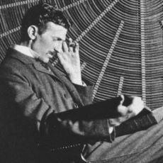 Nikola Tesla'nın Kablosuz Elektrik Aktarımının Mümkün Olduğunu Anladığı Kendi Günlüğünden Satırlar