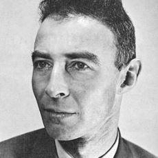 Hiroşima ve Nagazaki'ye Atılan Atom Bombalarını Geliştiren Fizikçi: Robert Oppenheimer