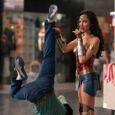 Wonder Woman 1984'te Örnek Gösterilmesi Gereken Şeyin Esas Kız Değil, Düşman Kız Olması