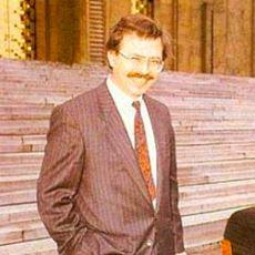 Türkiye Tarihinin Gelmiş Geçmiş En İyi Bakanlarından Biri: Adnan Kahveci