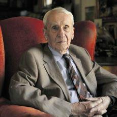 J.R.R. Tolkien'in Oğlu Christopher Tolkien, Neden Orta Dünya İçin Çok Önemli Bir İsimdi?