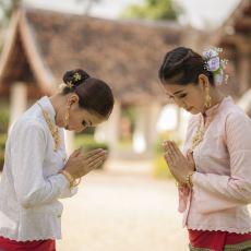 Tayland'ın Geleneksel Selamlama Biçimi: Wai