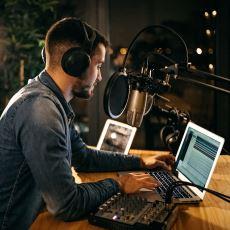 Okan Bayülgen'i Radyo Yıllarında Görmüş Bir Programcıdan: Radyo Programı Yapmak