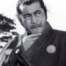 Oyunculukla Şans Eseri Tanışıp Büyük Bir Başarı Yakalayan Japon Aktör: Toshiro Mifune