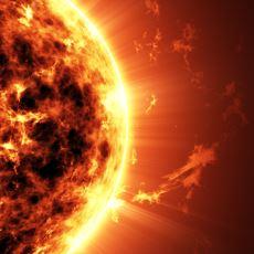 Üzerine Yeterince Su Dökersek Güneş'i Gerçekten Söndürebilir miyiz?