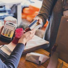 Alışverişte Kasa Önünde Son Anda Gereksiz Harcamalar Yapmak: Plansız Satın Alma