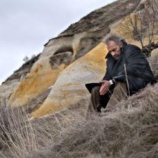 Anlamsız Hayata En Gösterişsiz Şekilde Anlam Yükleyebilen Ferah Düşünce Akımı: Varoluşçuluk