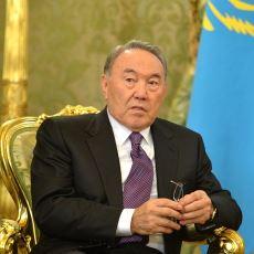 Latin Alfabesine Geçiş Kararı Alan Kazakistan Bu Geçişi Nasıl Sağlayacak?