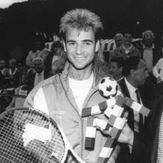 Kimilerince Gelmiş Geçmiş En Büyük Tenis Oyuncusu: Kortların Rock Starı Andre Agassi