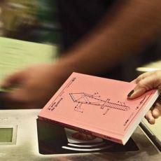 Brezilya'da Metro Bileti Yerine Kullanılan Kitap Biletler