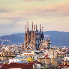 Yapımı 1882 Yılından Beri Devam Eden Devasa Kilise: La Sagrada Familia