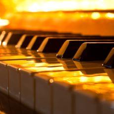 Piyano Çalmayı Öğrenen İnsan Kendine Ne Gibi İyiliklerde Bulunmuş Olur?