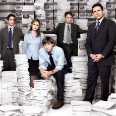 The Office'i Türdeşlerinden Daha Komik Bir Dizi Yapan Şeyler Nedir?
