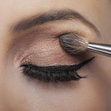 İşinize Yarayacak Püf Noktalarıyla Göz Makyajı Nasıl Yapılır?