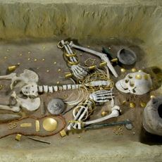 İnsanda Ölümden Sonra Hayat Olduğu İnancı İlk Ne Zaman Ortaya Çıktı?