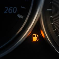 Neden Sürekli Olarak Çeyrek Depodan Az Yakıtla Araç Kullanmamalıyız?