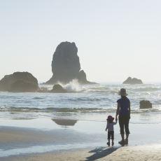 Bir Anne ve Kızının, Sorunlu Bir Babadan Kaçışının Yaşama Sevincini Söndüren Hikayesi