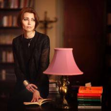 Kitaplarını Aslen İngilizce Yazan Elif Şafak, Türk Edebiyatına Dahil Edilebilir mi?
