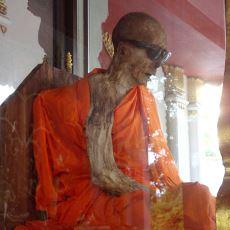 Budist Rahiplerin Yıllarca Süren Uğraşla Kendini Mumyalama İşlemi: Sokushinbutsu