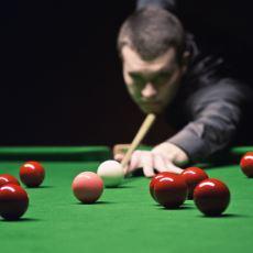Sıkıcı ve Heyecansız Gibi Görünen Snooker Saatlerce Nasıl İzlenebiliyor?
