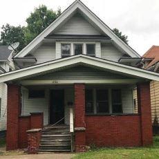 ABD Emlak Sitesinde Sadece 2888 Dolara Satılan 1912 Yapımı Ev