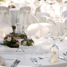 Türklerdeki Misafirperverliğin İlginç Yanı: Yanlış Düğüne Gidip Eğlenebilmek