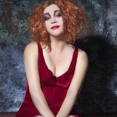 Nazan Öncel Şarkılarındaki Değişmeyen Yalnızlık Sitemi