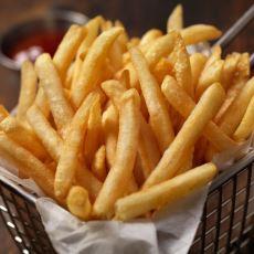 Dışarıda Satılanlara Taş Çıkartacak Lezzette, Çıtır Çıtır Bir Patates Kızartması Tarifi