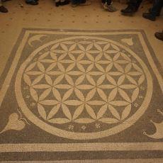 Semavi Dinlerin Hepsinde Kendine Yer Bulan Gizemli Sembol: Yaşam Çiçeği