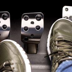 Çok İyi Bir Ayak Hassasiyeti Gerektiren Sürüş Tekniği: Sol Ayak Freni