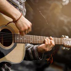 Gitar Perdeleri Klavyenin Sonlarına Doğru Neden Sıklaşır?