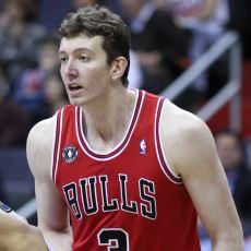 NBA'de Forma Giymiş Milli Basketbolcumuz Ömer Aşık'ın Kariyer Özeti