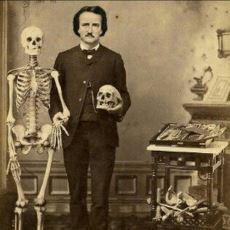 Edgar Allan Poe'nun Parmaklarıyla Değil, Adeta Kulaklarıyla Yazdığı Şiir: The Bells