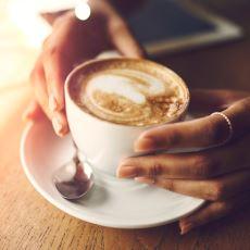 Severek İçtiğimiz Kahvenin Bilinçsiz Tüketiminin Faydadan Çok Zarar Getirdiği Gerçeği