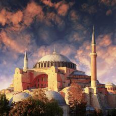 Geçmişten Bugüne Kadar Yapılmış Dini Mimari Eserler Neden Çok Büyük ve Gösterişli?