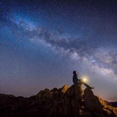 En Sade ve Anlaşılır Biçimiyle Etrafınızda Olan Bitenin Daha İyi Farkına Varacağınız Evrenin Serüveni