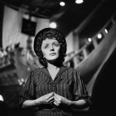 Hayatının Hüznü Sesine Yansımış Güzel Kadın: Édith Piaf