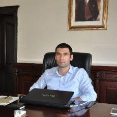 Ekşi Sözlük'te Yazarlık Yapan ve Hiç Tanımadığı Bir Yazara Burs Veren Şehit Kaymakam: Fatih Safitürk
