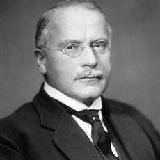 Analitik Psikolojinin Kurucusu Carl Gustav Jung'un Eserlerinden Cımbızlanmış Enfes Sözler