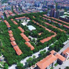 Şu Sıralar Kepçelerin Girdiği, Türkiye'nin İlk Toplu Konut Projesi: Saraçoğlu Mahallesi