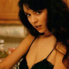Genç Yaşta Hayatını Kaybederek Aramızdan Ayrılan Porno Yıldızları