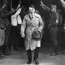 Adolf Hitler'in Askeri Bir Deha Olmadığının Kanıtı Olan Tarihi Olaylar