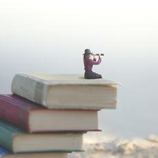 Travmalarına Kişisel Gelişim Kitaplarıyla Çözüm Arayanlar Neden Başarısız Oluyor?