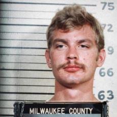 Birlikte Olduğu Erkekleri Pişirip Yiyen Korkunç Seri Katil: Jeffrey Dahmer