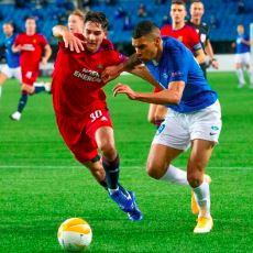 Türk Futbolunun Rapid Wien-Molde Maçındaki Taktik Değişimlere Bile Yetişememesi
